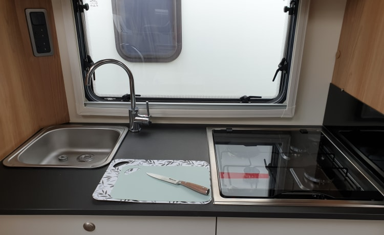 Bailey, fully insured, 4 berth: modern, spacious and comfortable motorhome.