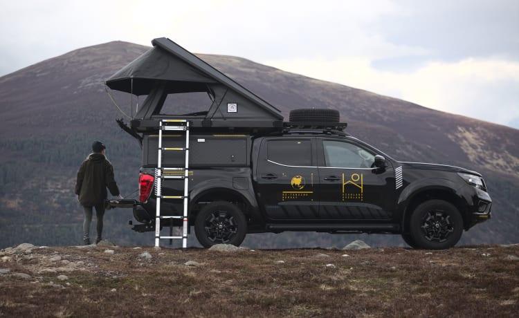 Highland Overland - Shackleton  – Overland Trucks te huur in de Schotse Hooglanden (Inverness Airport)