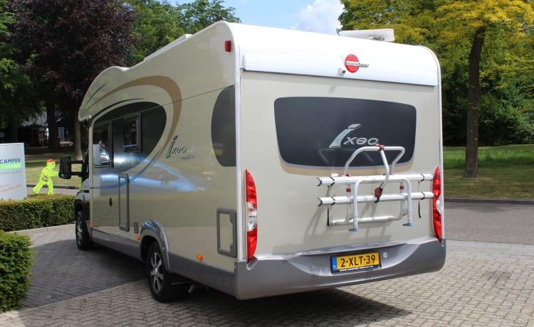 Willem – Fijne 4-persoons,  toilettas en kleding mee en je kunt gaan!