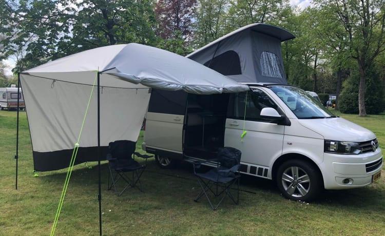 WhiteGem – 2-4 persoons VW buscamper