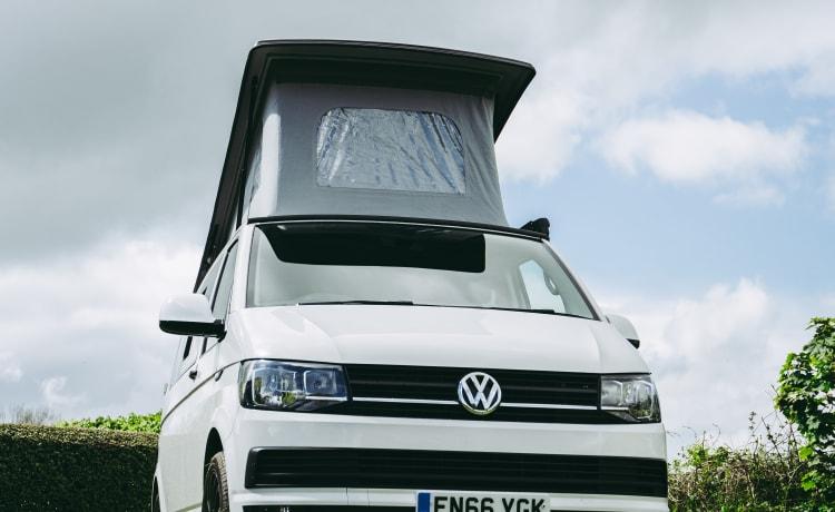 Ella – Ella T6 Cosy Camper Van