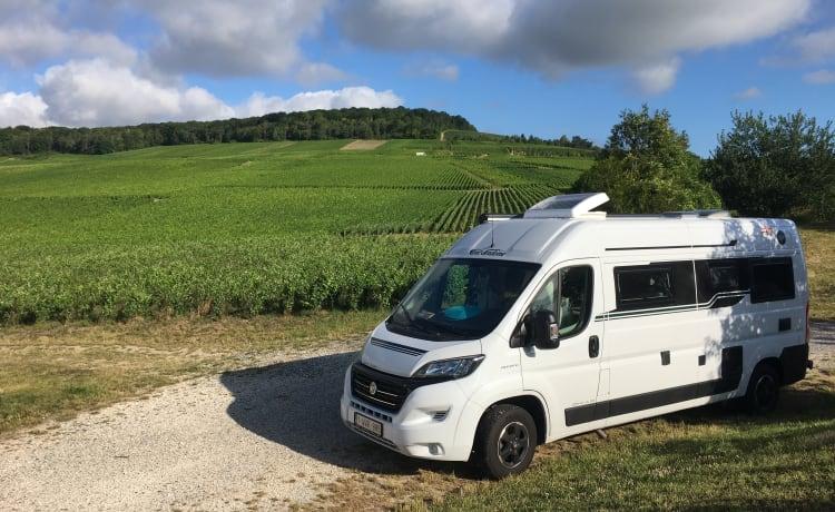Carmen – Cozy camper van