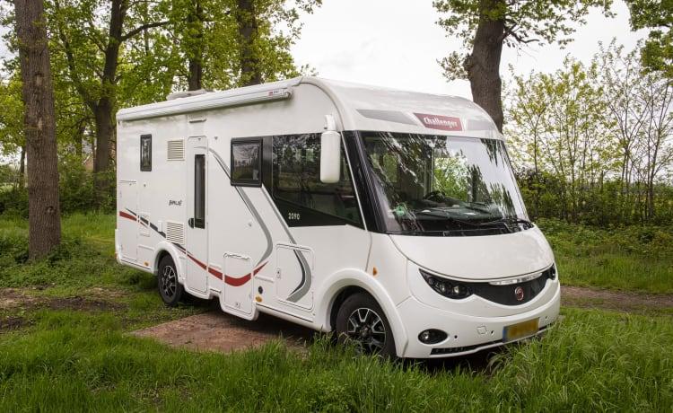 De pure luxe van een integraal camper ervaar je hier. – Challenger Sirius 2090 integral
