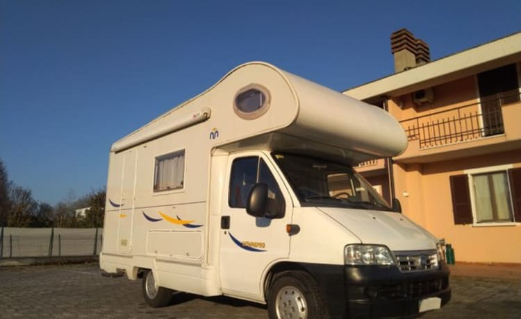 Enrichiello2004 – only 5 and a half meters. Great for free camping