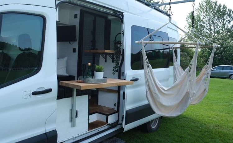 Schitterende 4 persoons Campervan met Kingsize bed