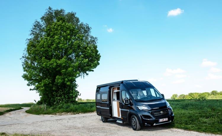 """The Black Pearl – Campervan """"VANTourer 630L"""""""