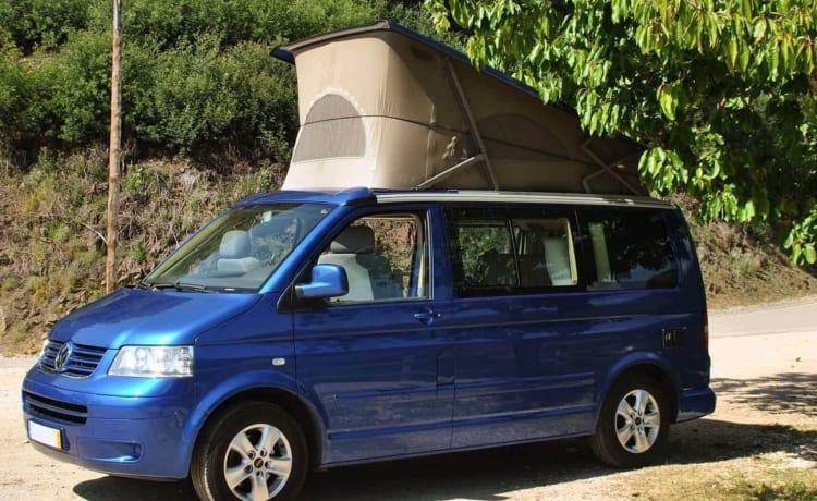 California Skyblue – Fly and Drive - Volkswagen motorhome | 4 persons | Portugal, Porto