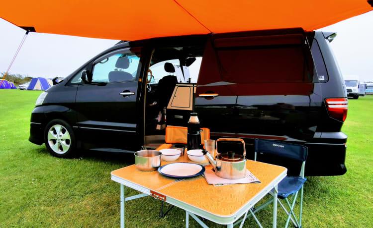 A Beautiful Escape – Luxury Automatic Toyota 4 berth, 5 seat camper. Insurance included.