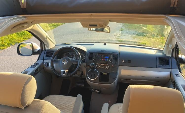 Volkswagen California T5 2011