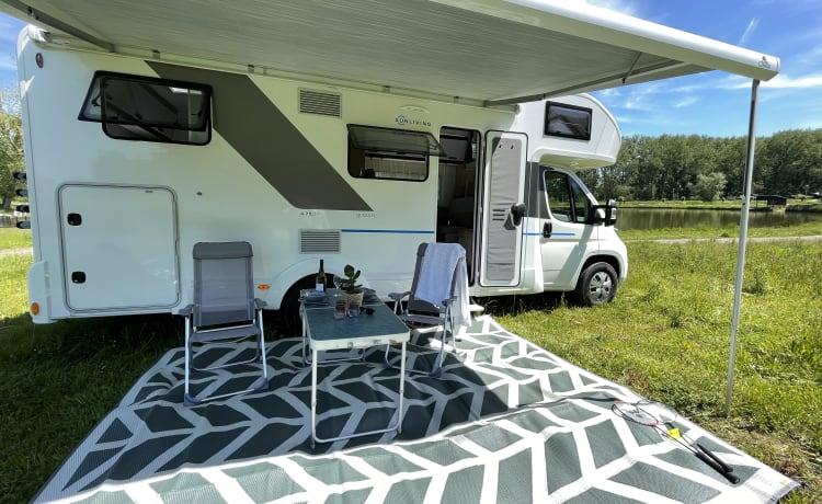 Queen B - Gloednieuwe camper voor 6 personen - Bouwjaar 2021