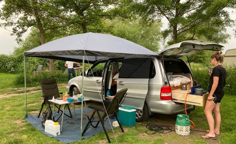 Kia – Nice mini camper for 2 people