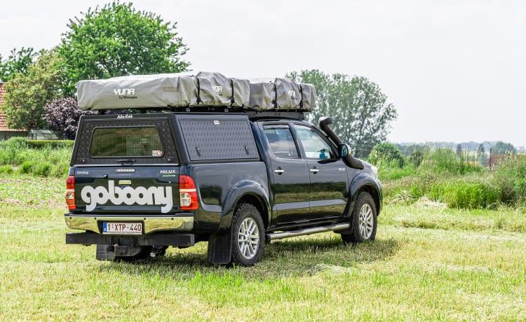 Toyota Hilux 4x4 camper met daktenten