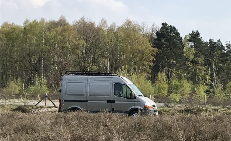 Odette – Cosy Renault Master met nodige voorzieningen