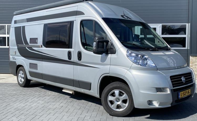 Adria twin – Tough modern bus camper