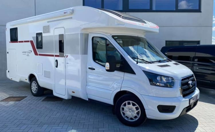 Profilé – Spacious and comfortable new mobile home for rent