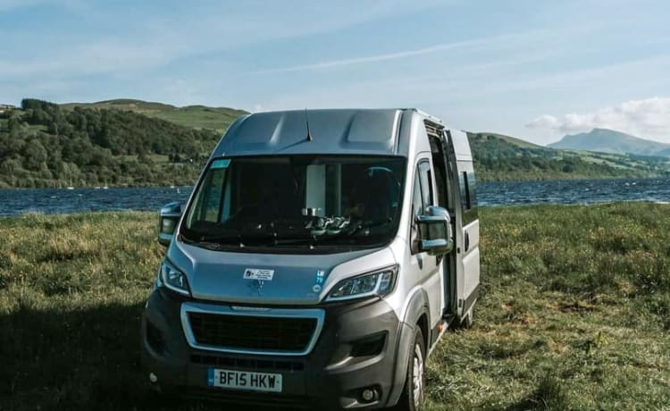 Rocky – Peugeot Boxer Campervan - Snowdonia