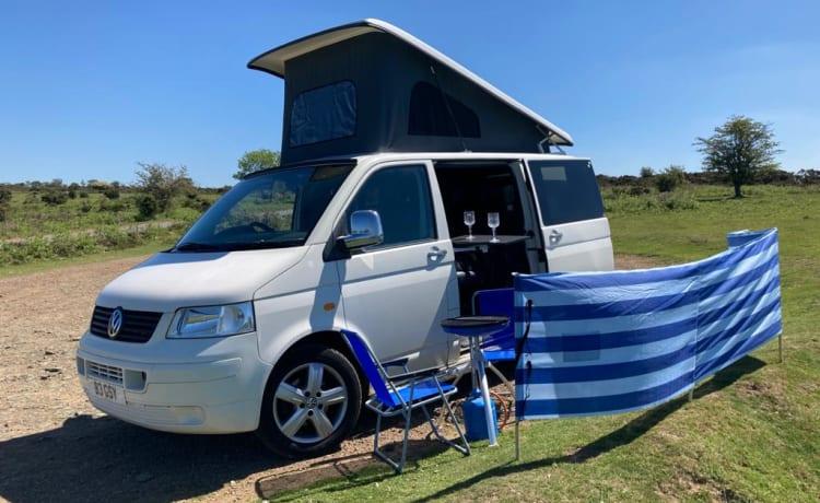 Vinny – VW T5 1.9 130bhp  Transporter Campervan Pop Top
