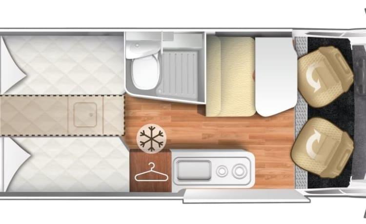 Nieuwe buscamper livingstone (automaat /groot bed)