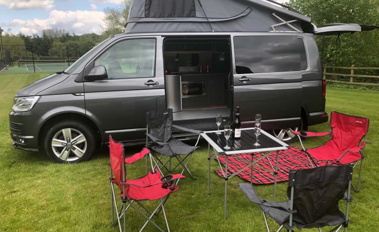 Shamus – VW T6 Recent omgebouwde high spec camper - Automaat/DSG