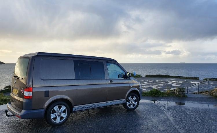 Coco – Coco VW T5 Camper Van