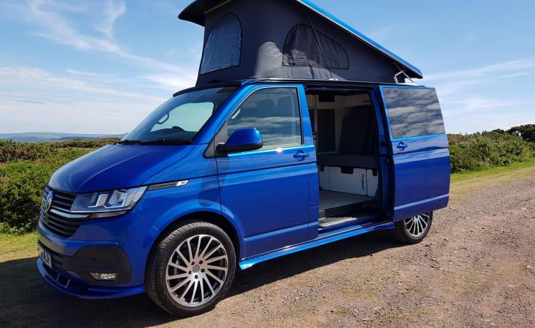 Antonia  – VW 6.1 Transporter 4-persoons 5-zits luxe camper te huur