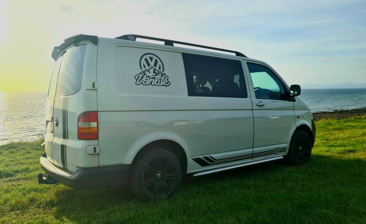 Pete – 2 LIGPLAATS T5 VW CAMPERVAN TE HUUR