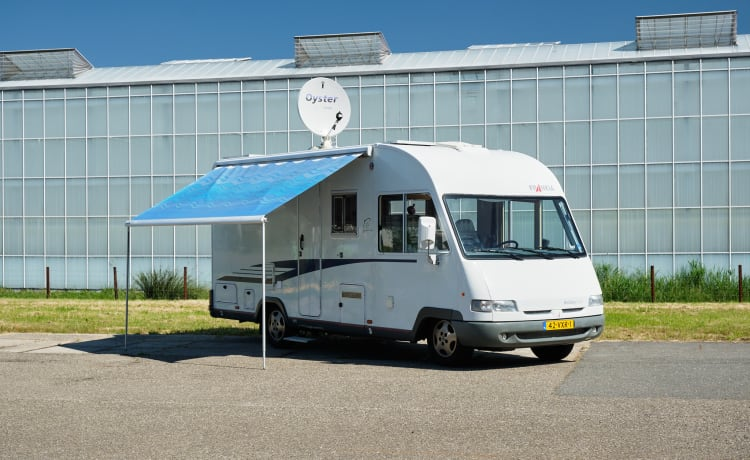 Frankia – Great 4 person integral camper to go out with!