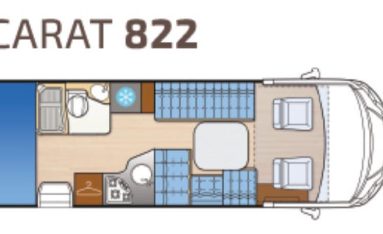 Carat 822 6 posti con letto a castello nella parte posteriore