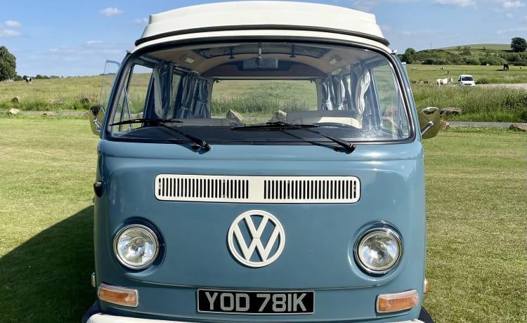 Bernard – Prachtige campers 1972 VW Early Bay te huur uit Yorkshire