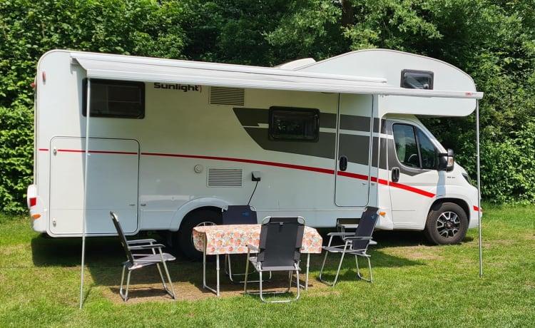 "2020 - Alkoof Familie Camper ""Sunlight A70"""