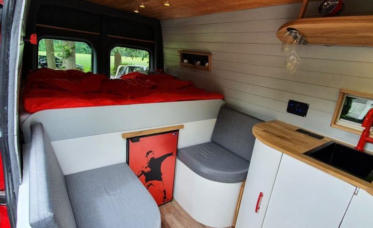Rooie Ronnie – Luxe kamperen met koffie, wijn en Netflix!