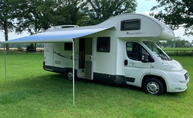 Rimor Europeo 89 – Royale camper optioneel met autoambulance of motortrailer!