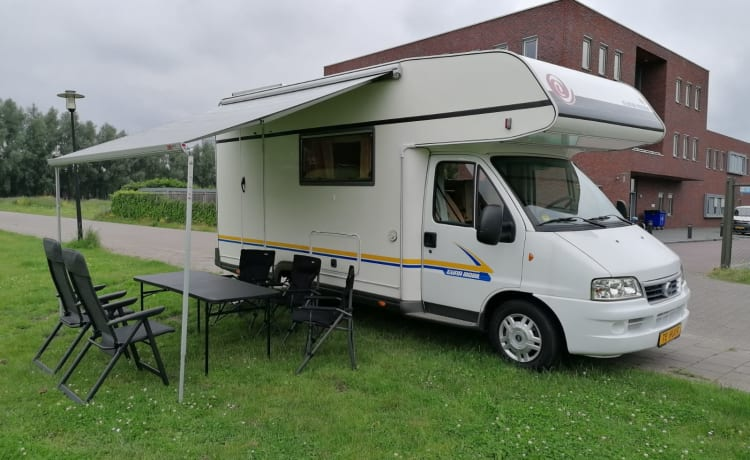 Eura mobil – Nice 5 person camper, Eura mobil