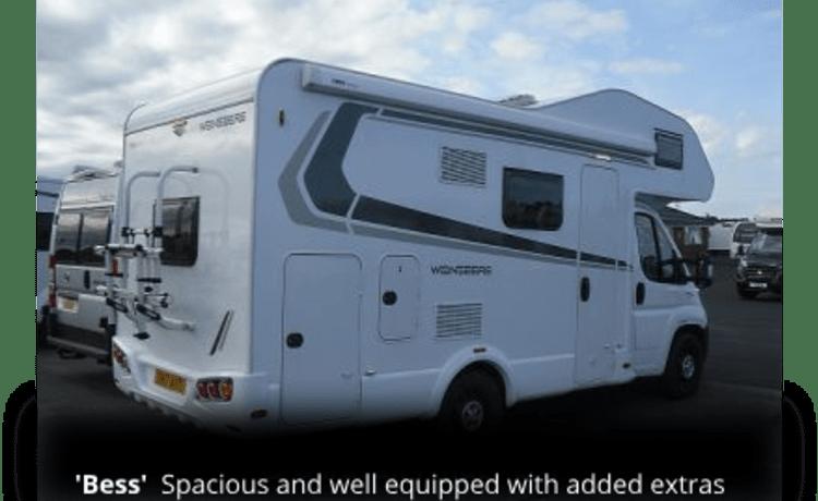 Bess – De beste familiebus die er is; 6 slaapplaatsen in comfort en stijl!
