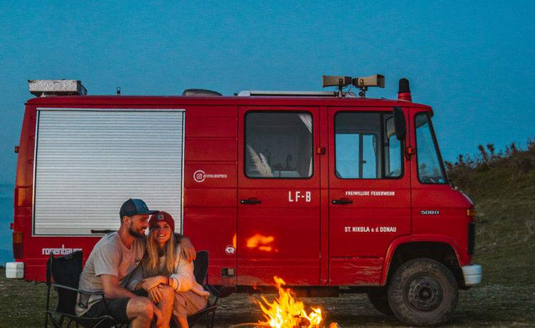 Brutus – Klassieke Brandweerwagen - Mercedes Benz 508 - Zelfbouw Camper