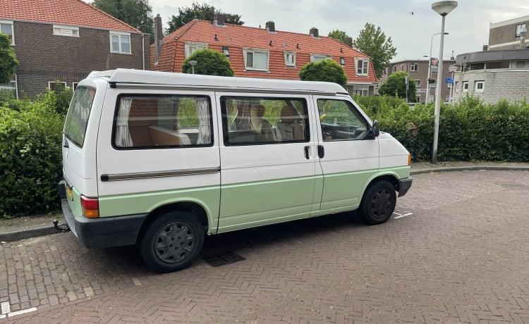 July – Toffe frisse retro VW T4