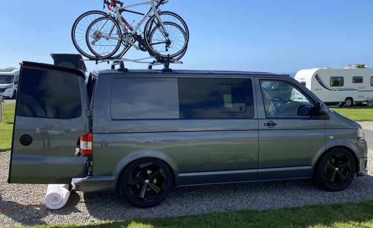Sidders – Cosy and practical camper for two!