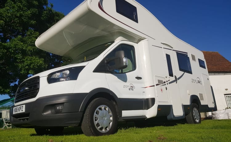 Ford Zefiro 675 - 2018 model – 6 berth with 6 belted seats - Motorhome in Essex