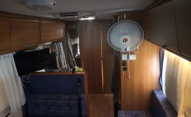 Baby – Camper For families 7 seats.