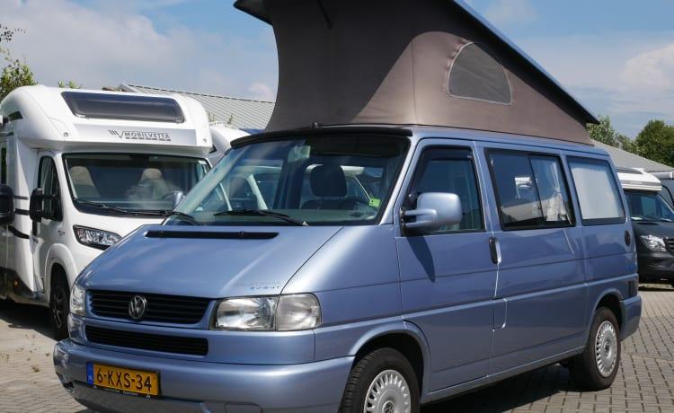 VW T4 California, sleeping 4 people, Corona proof.