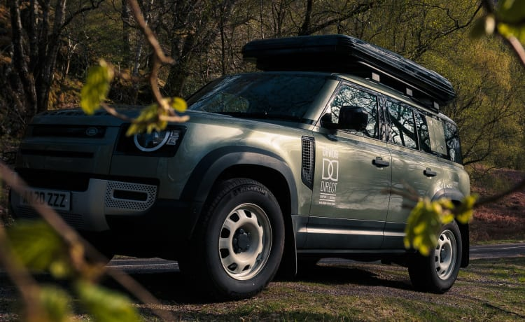 DFNDR Direct – 2020 Land Rover Defender met 2 persoons daktent