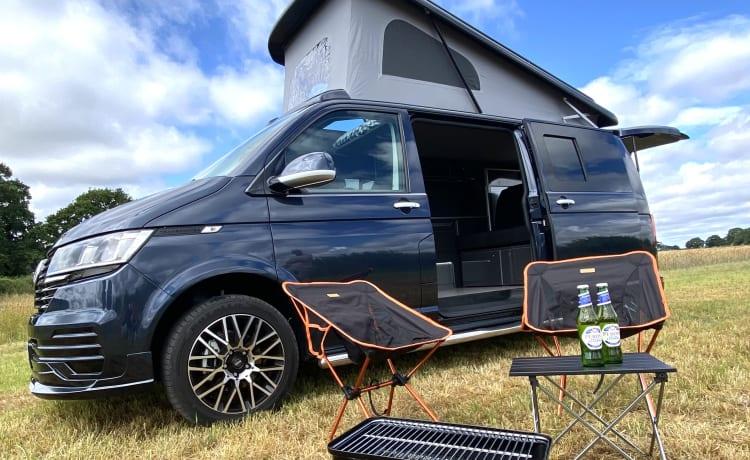 Yorkie Pud – YorKamper - 2021 VW Transporter 4 slaapplaatsen
