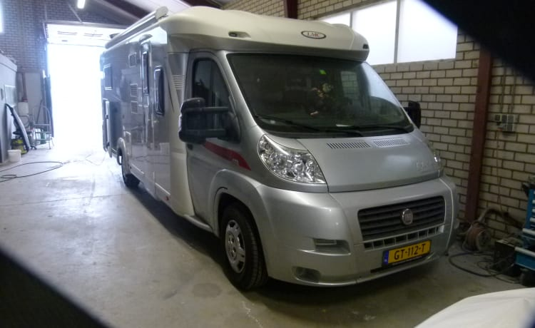The camper is very luxurious and winter resistant