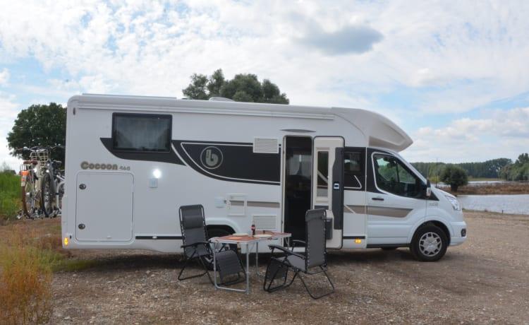 Nieuwe ruime camper