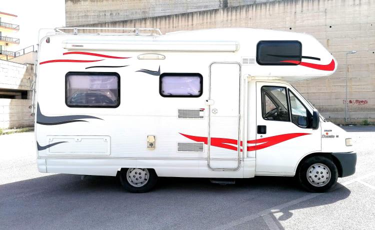 Alex – Fiat Ducato 6 persoons camper verhuur - Ragusa