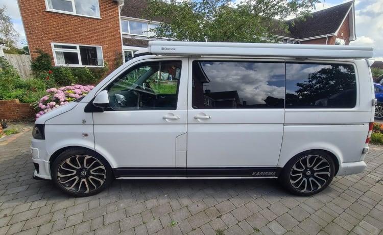 "Evie – VW T5.1 Camper ""Evie"""