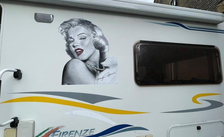 Marilyn  – Beleef de tijd van je leven in mijn unieke camper
