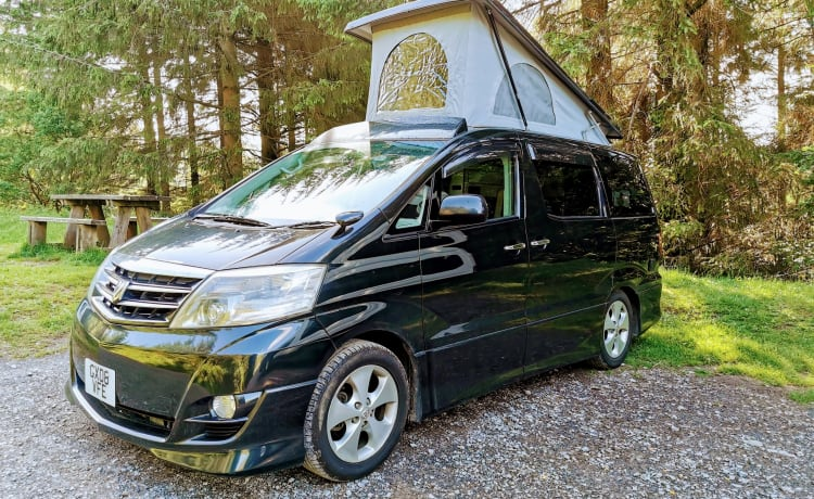 A Beautiful Escape – Luxury Auto Toyota 4 berth, 5 seat, insurance included