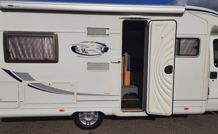 Spatial LMC camper, length 6.70 meters, for rent from August 16