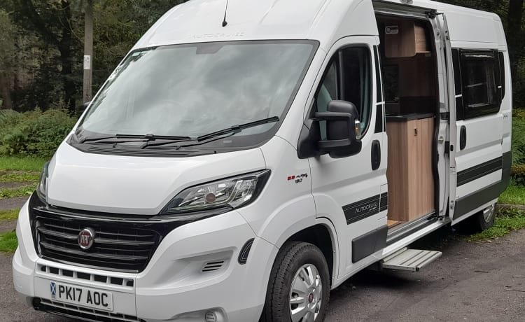 Victor – Fiat Ducato Autosleeper, comfort and convenience for great family tours